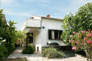 sommer apt Pinezici Krk house